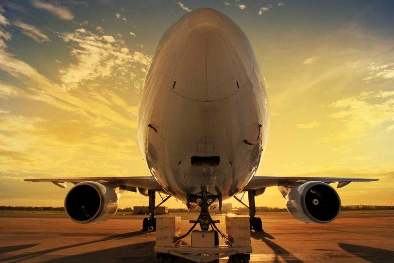 fretamento de avião